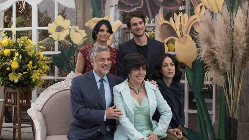 Paco León desvela un dato crucial de la segunda temporada de La casa de las flores