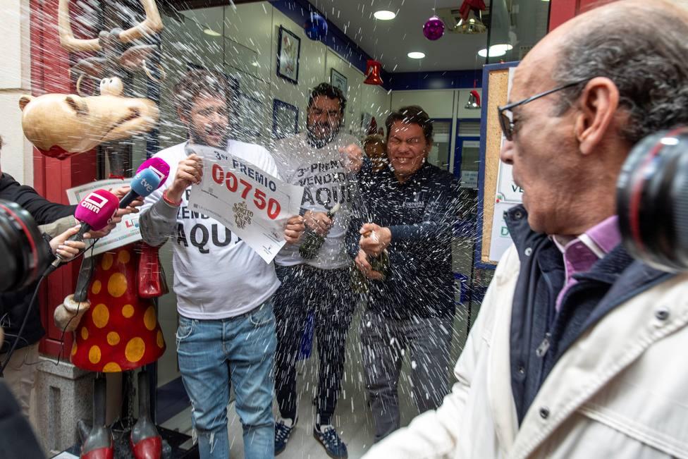 Resultado de imagen de Afortunado en la lotería