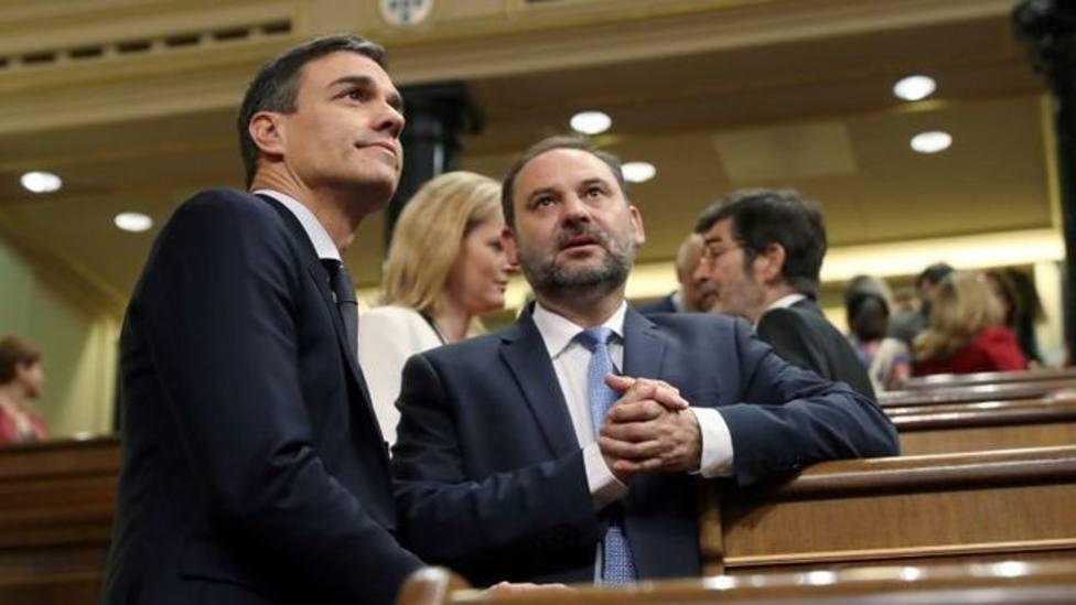 """La Moncloa admite una mala gestión de la """"crisis Ábalos"""""""