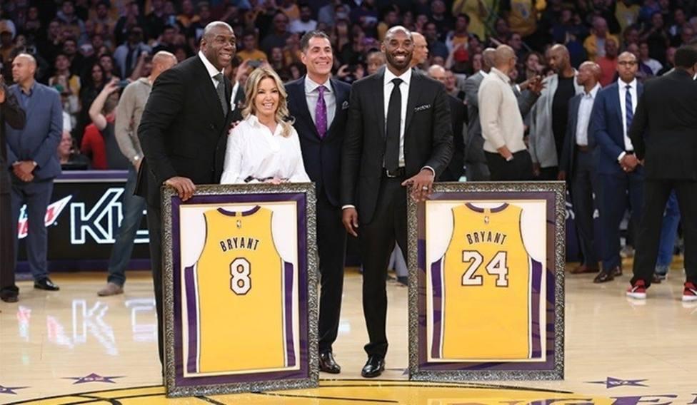 Tras su retirada, los Lakers retiraron los números 8 y 24, los que portó durante sus 20 años en la NBA
