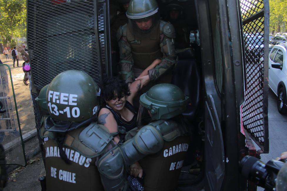 Carabineros ha propuesto la baja de 20 agentes desde el estallido de las protestas en Chile