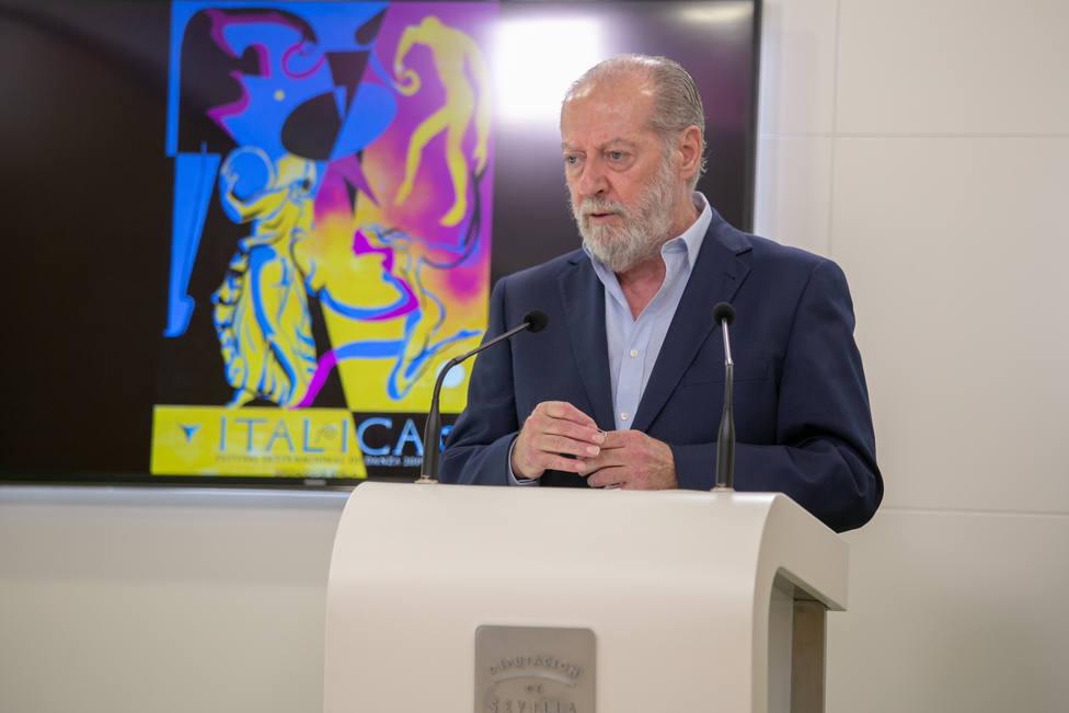 """Villalobos celebra el """"sentido de Estado"""" de los Grupos políticos"""
