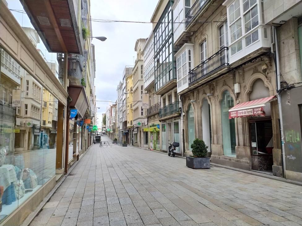 Comercios en la calle Real de Ferrol