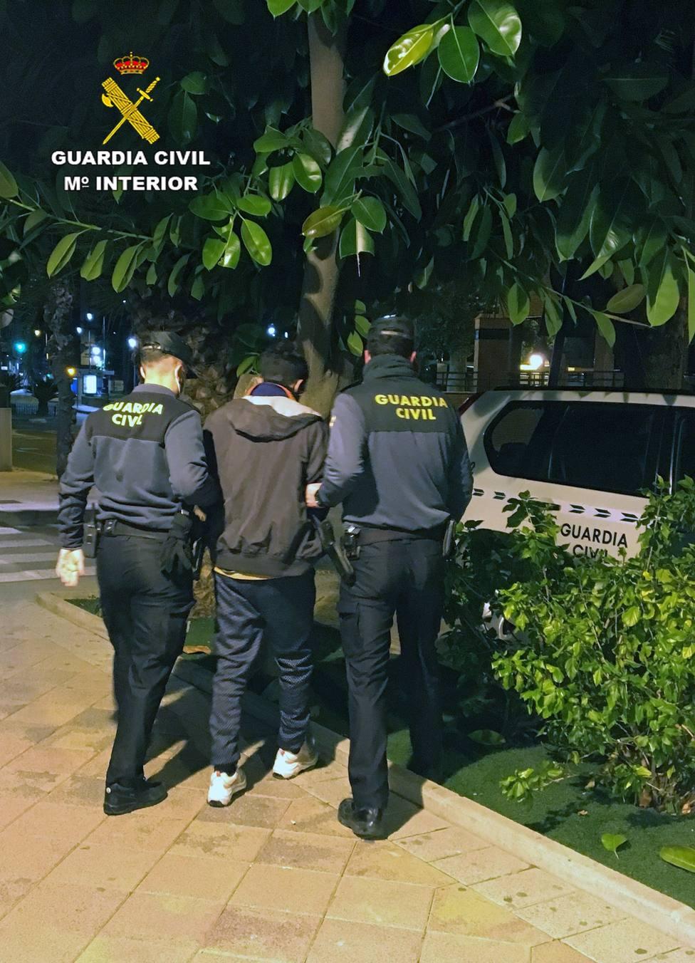 Detenido el presunto autor de una decena de robos con fuerza en garajes comunitarios de Alguazas