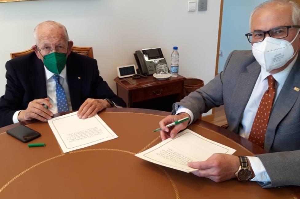 """Caja Rural de Jaén y la IGP """"Aceite de Jaén"""", estrechan lazos de colaboración"""