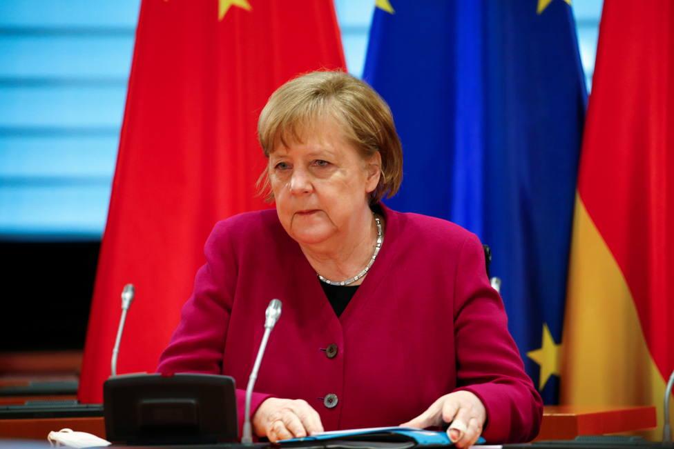 Merkel abre la puerta a la producción de vacunas junto a China: Solo podemos contener esta pandemia juntos