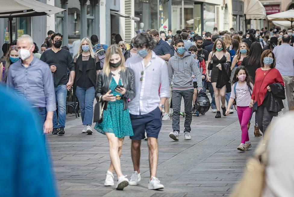 Italia notifica 4.400 contagios y supera las 28 millones de dosis administradas