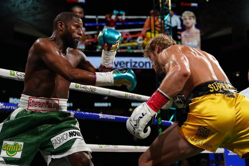 Boxing: Mayweather vs Paul