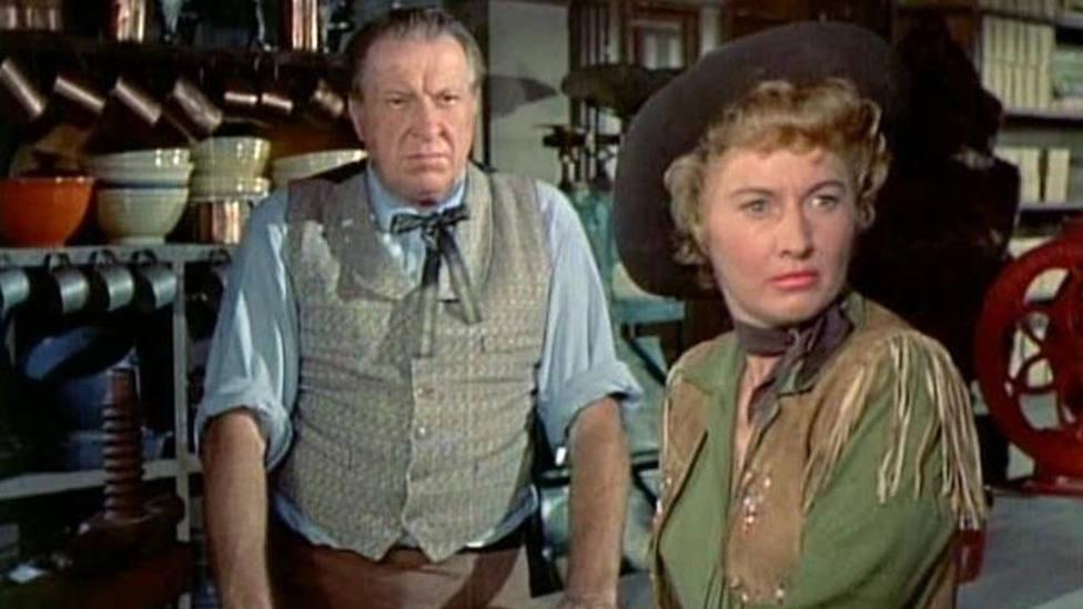 """Este miércoles, en TRECE, Bárbara Stanwyck y Ronald Reagan en """"La reina de Montana"""""""