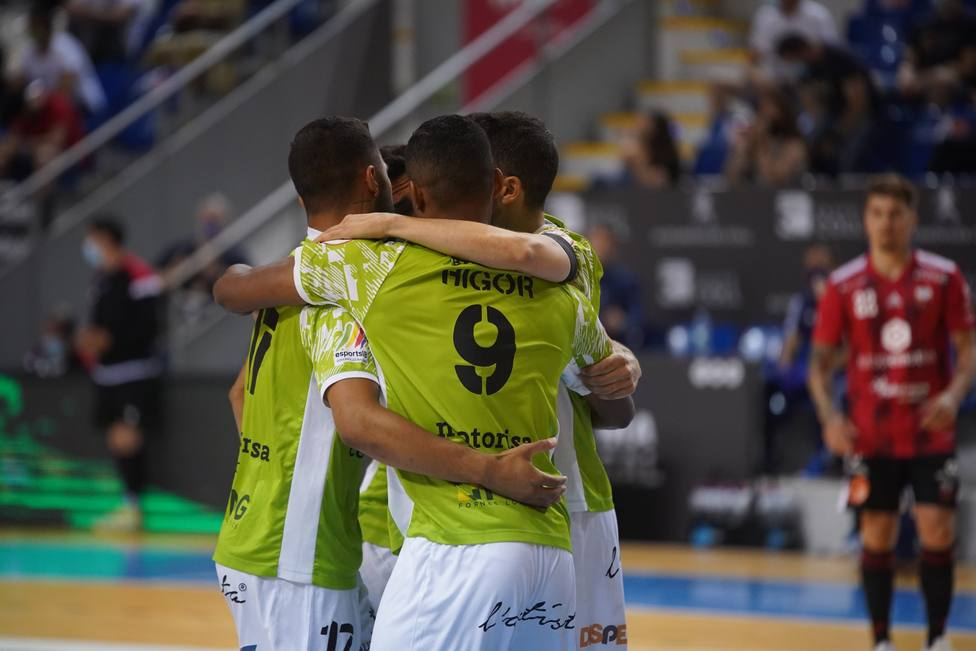 Los jugadores del Palma Futsal celebran un gol
