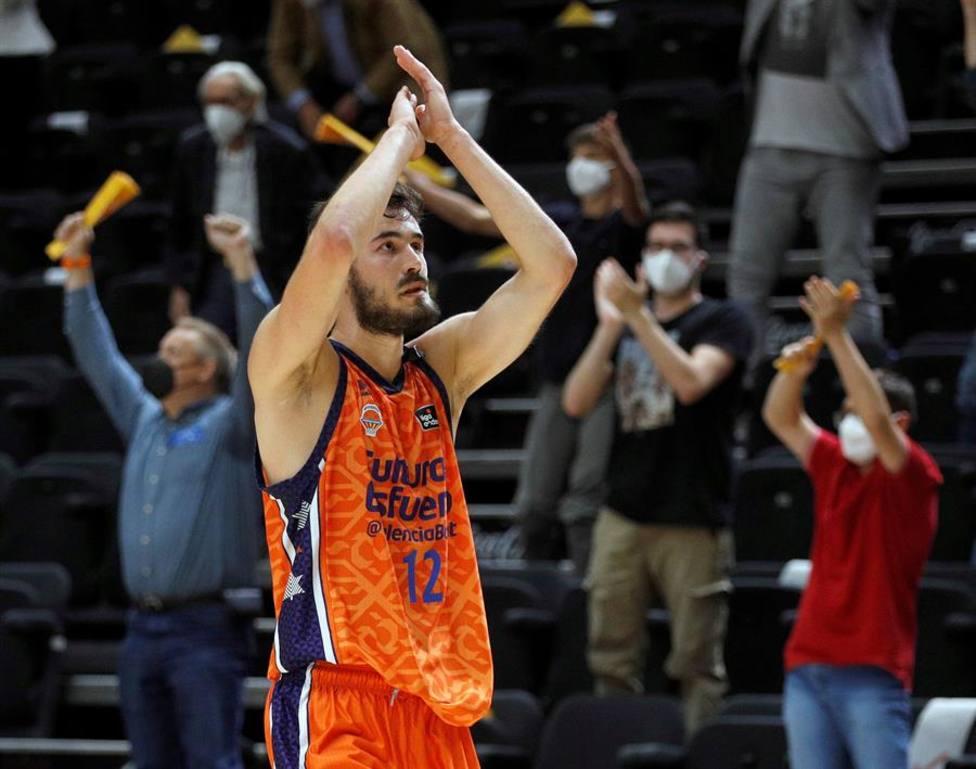 Valencia Basket retiene los derechos de Kalinic