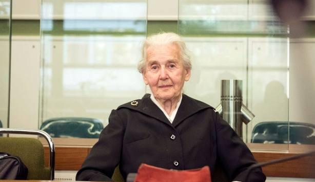 La abuela nazi