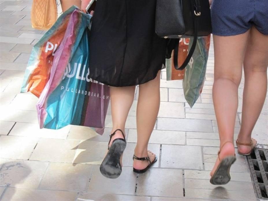 La afluencia a centros comerciales cae un 3,5% en enero