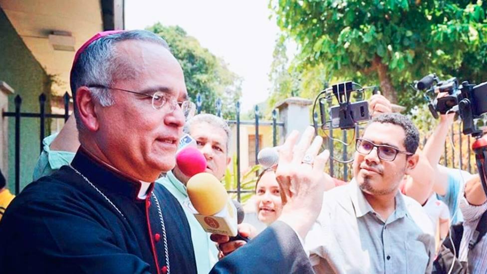 Israel González Espinoza recoje las palabras de Mons Báez, obispo que se encuentra con el Papa