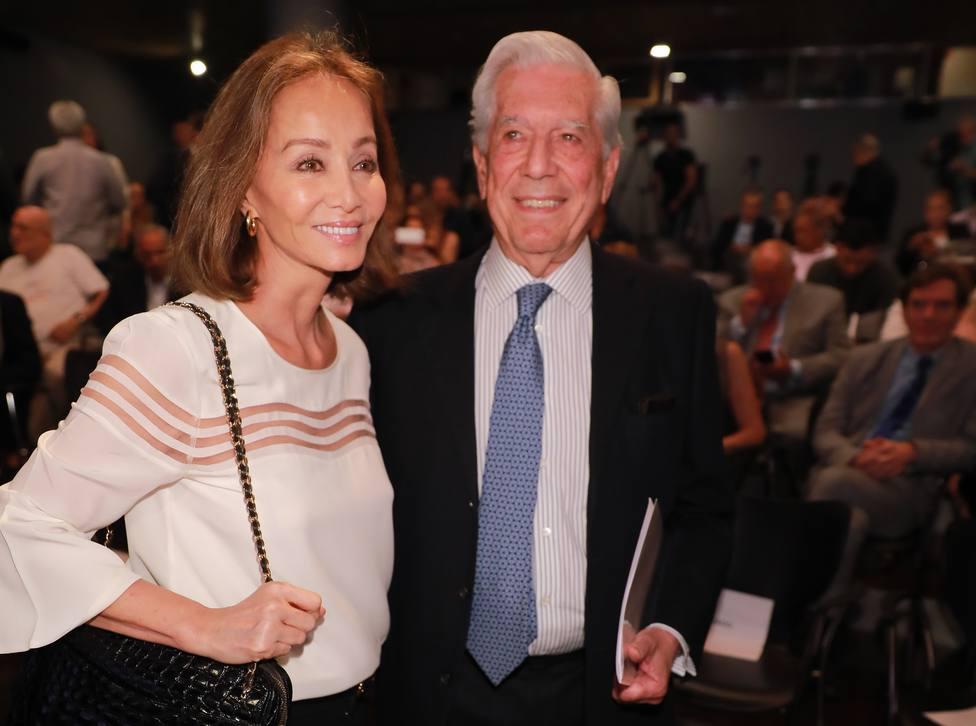 Isabel Preysler no se separa de Mario Vargas llosa