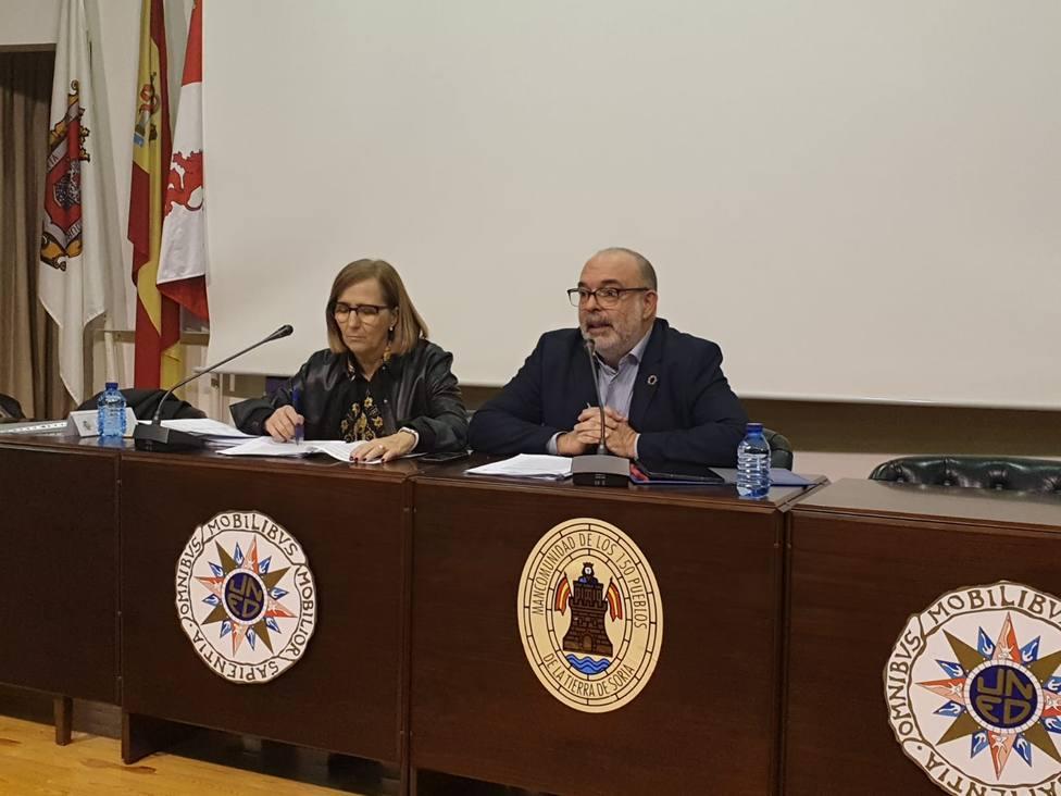 Miguel Latorre, subdelegado del Gobierno en Soria, en su reunión con los alcaldes de la provincia de Soria