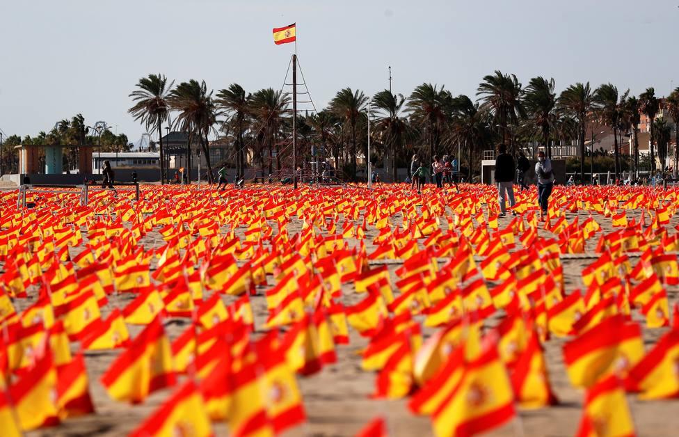 Arrancan las banderas por las víctimas de La Patacona de Valencia