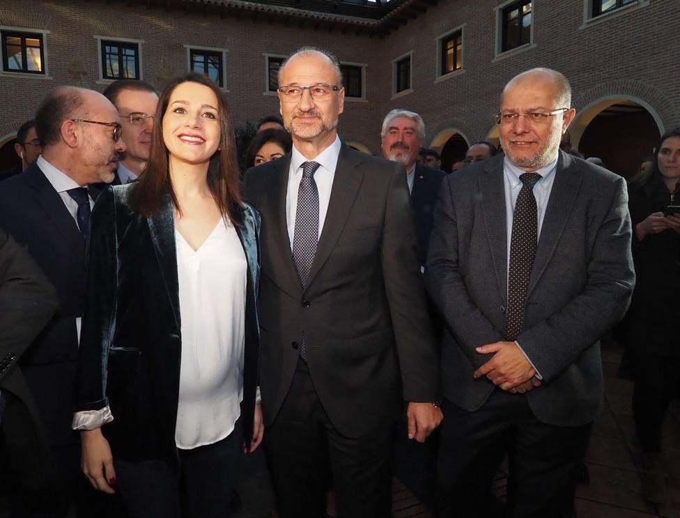 Arrimadas irá a Castilla y León este martes para reunirse con Mañueco e Igea