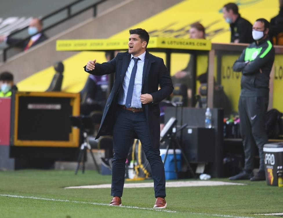 Xisco Muñoz dirigiendo al Watford