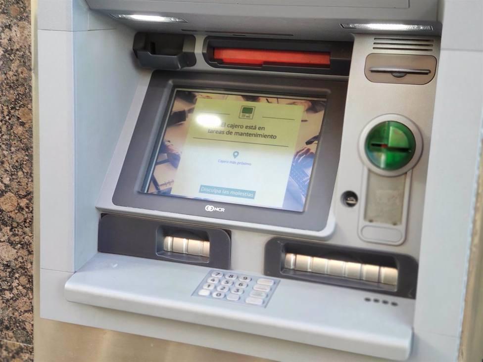 Recuerda que es delito no devolver el dinero que te encuentras en un cajero o en la calle