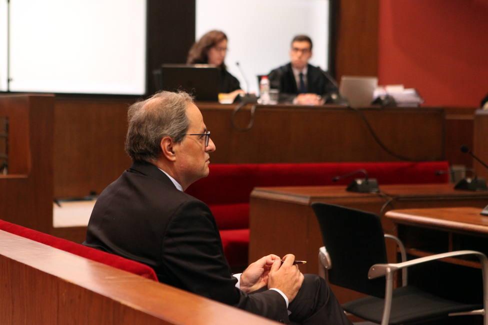 La Audiencia de Barcelona acuerda procesar de nuevo a Quim Torra por la pancarta de los presos del 1-O