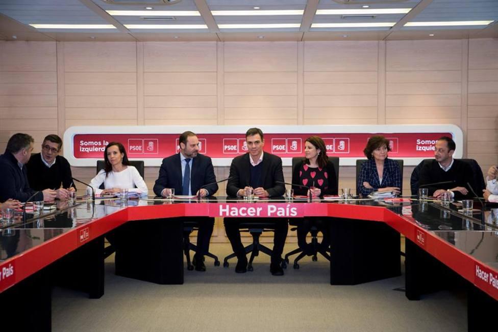 Crecen las criticas dentro del PSOE ante los posibles indultos del procés