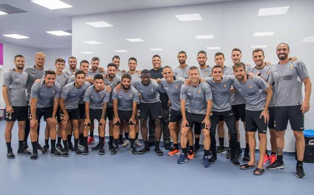 La plantilla del Valladolid con Ronaldo