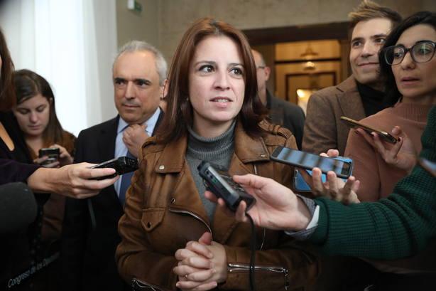 El PSOE llama a renovar el pacto constitucional y reforzar lo que une a todos