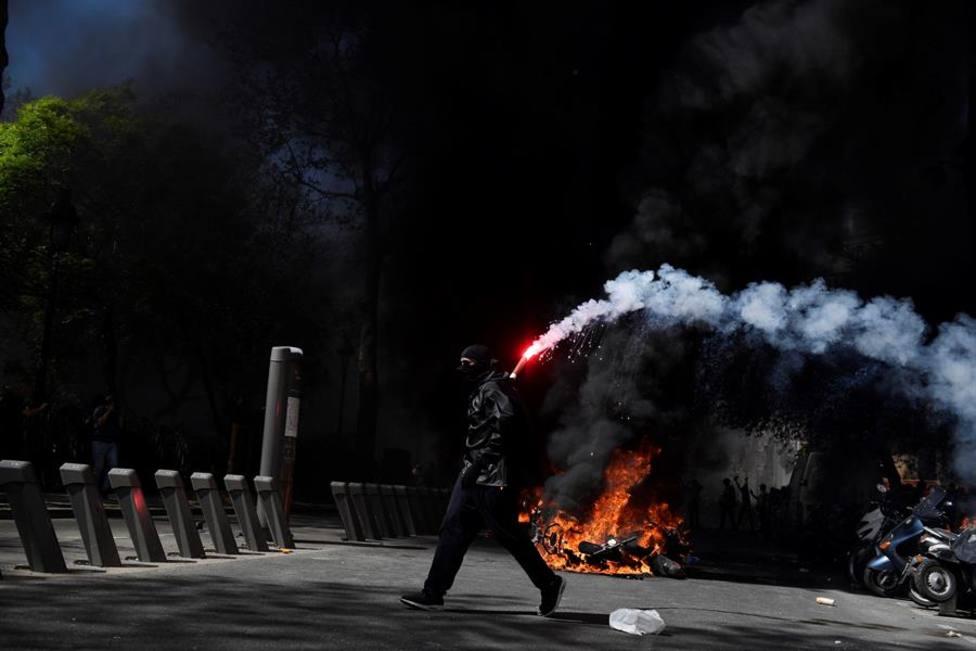 Jornada de violencia en Francia: 249 chalecos amarillos detenidos y 14 policías heridos