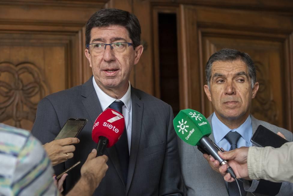 Marín anuncia un refuerzo de 91 trabajadores en los juzgados con competencias en violencia de género en Andalucía