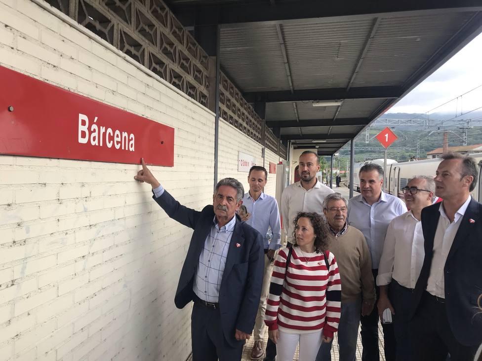 Revilla tras sufrir avería tren a Madrid
