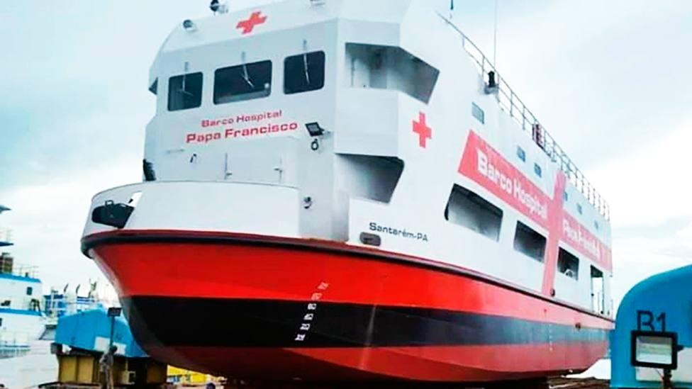 El barco-hospital del Papa Francisco