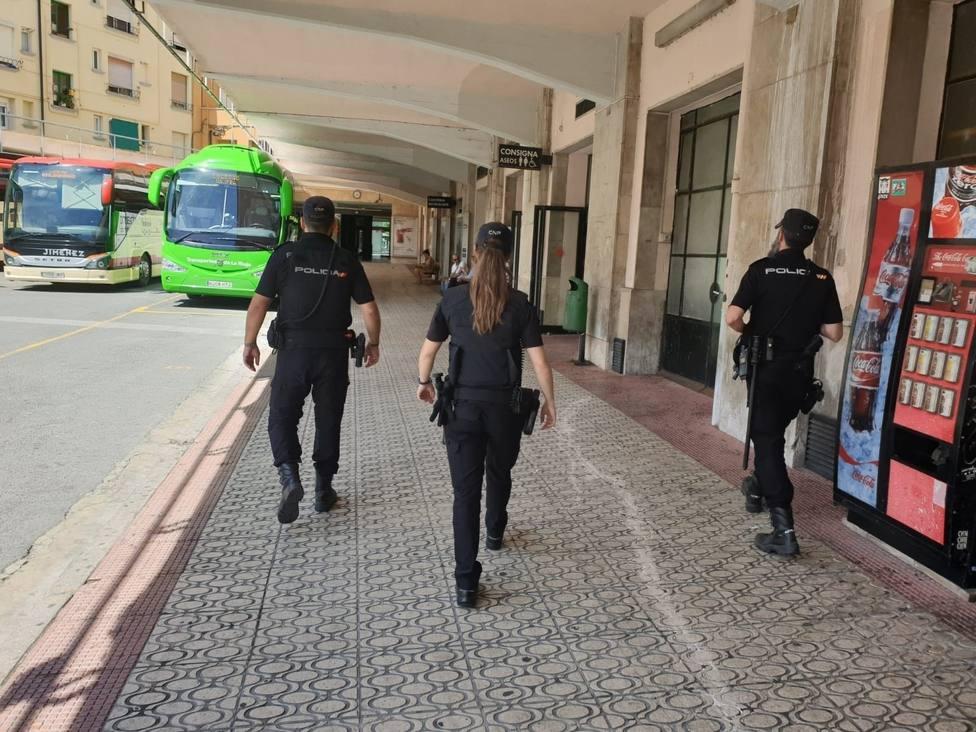 Detenido un hombre de 86 años por apuñalar a su mujer de 83 en Alfaro (La Rioja)