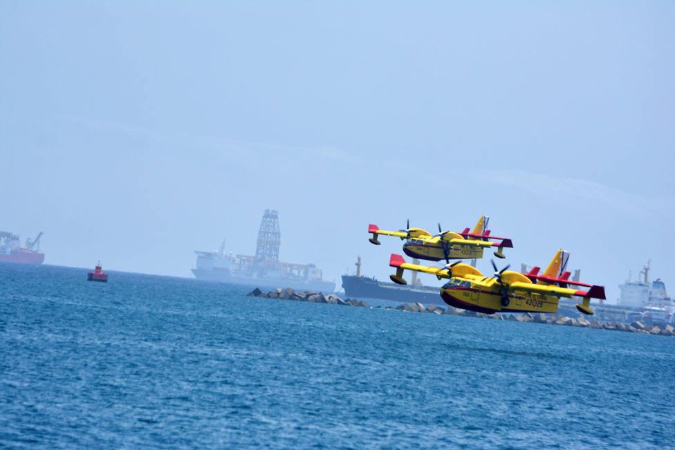 Hidroaviones trabajando
