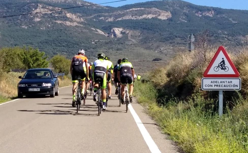 Marcha cicloturista en Huesca