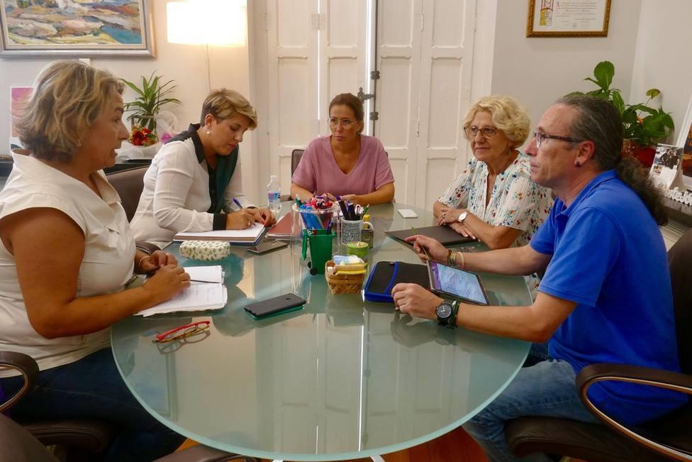 El ayuntamiento pide explicaciones a la Delegación del Gobierno por el abandono de inmigrantes