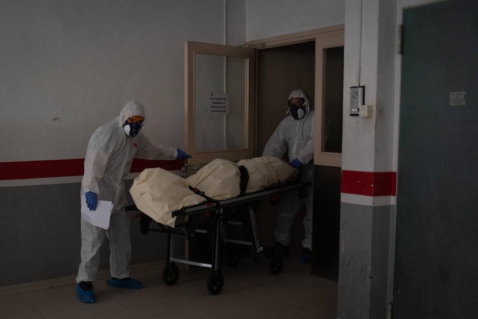 La cifra real de muertes por coronavirus sería un 56,6% mayor que la de Sanidad, según las funerarias
