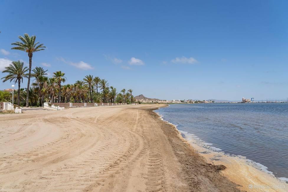 El lunes comenzará la instalación de los pantalanes de baño en las playas del Mar Menor