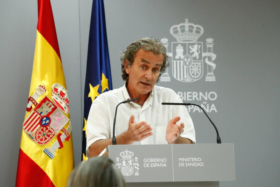 El duro revés de un reputado doctor contra Fernando Simón: Puede ser filósofo o cualquier cosa