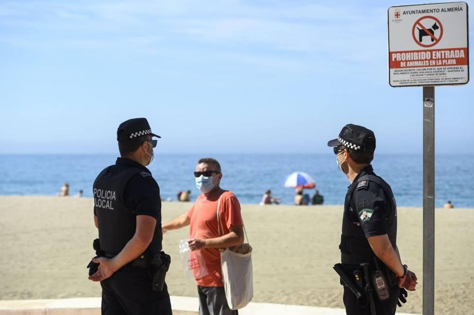 Policía Local y Guardia civil formalizan 12 denuncias en Fuerteventura