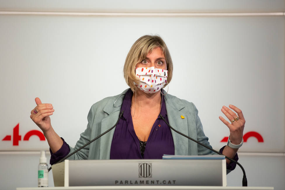 Rueda de prensa de la Consellera de Salud de Cataluña