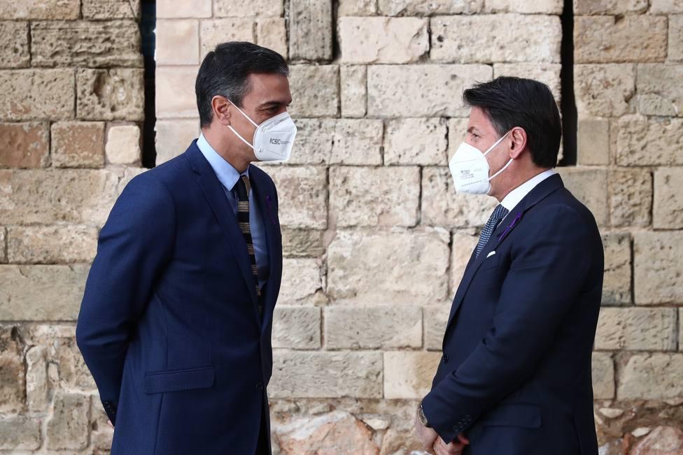 Sánchez quiere cierta discreción en política migratoria y pide solidaridad europea junto a Italia