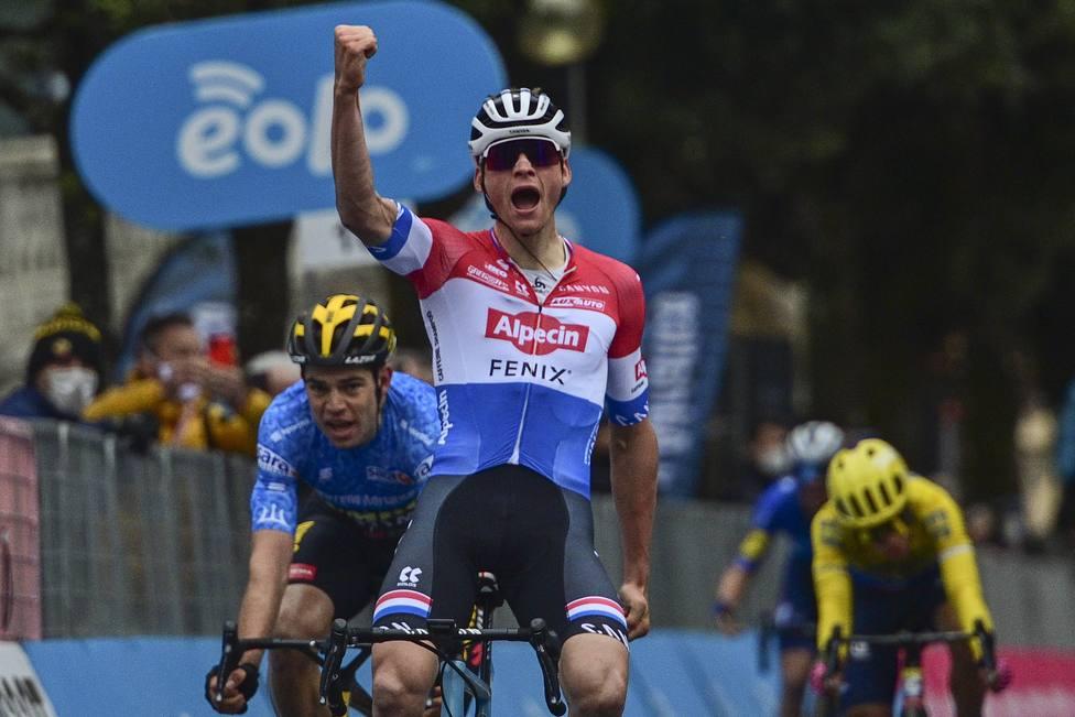 Ciclismo, Tirreno-Adriatico 2021 - Tappa 3 Monticiano - Gualdo Tadino 219 km