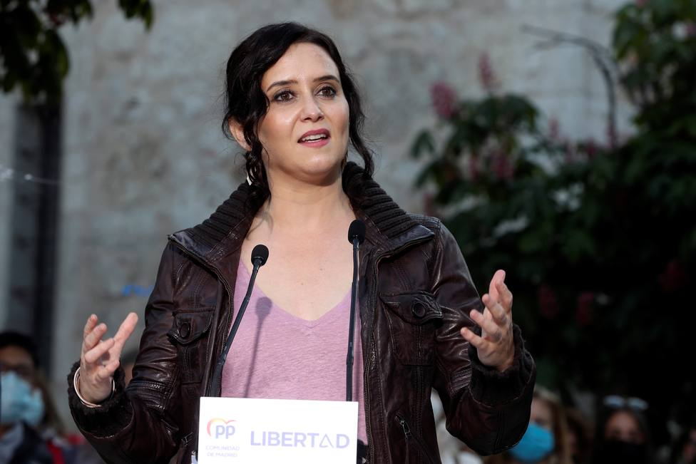 Isabel Díaz Ayuso durante un acto de la camapaña electoral