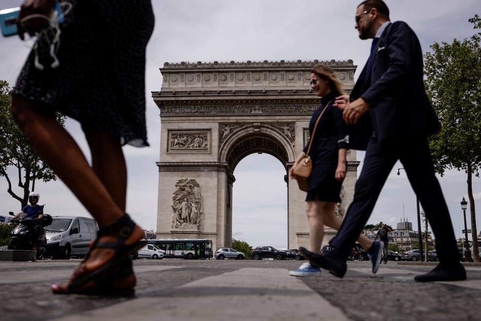 Francia notifica 2.320 nuevos positivos y 33 fallecidos más en las últimas 24 horas
