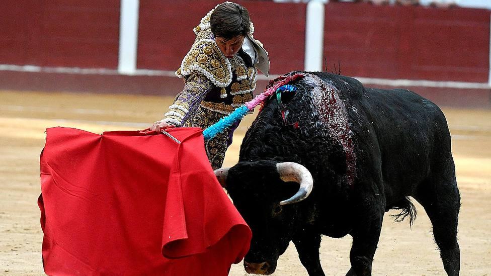 El Juli durante su actuación este sábado en León, donde ha cortado tres orejas