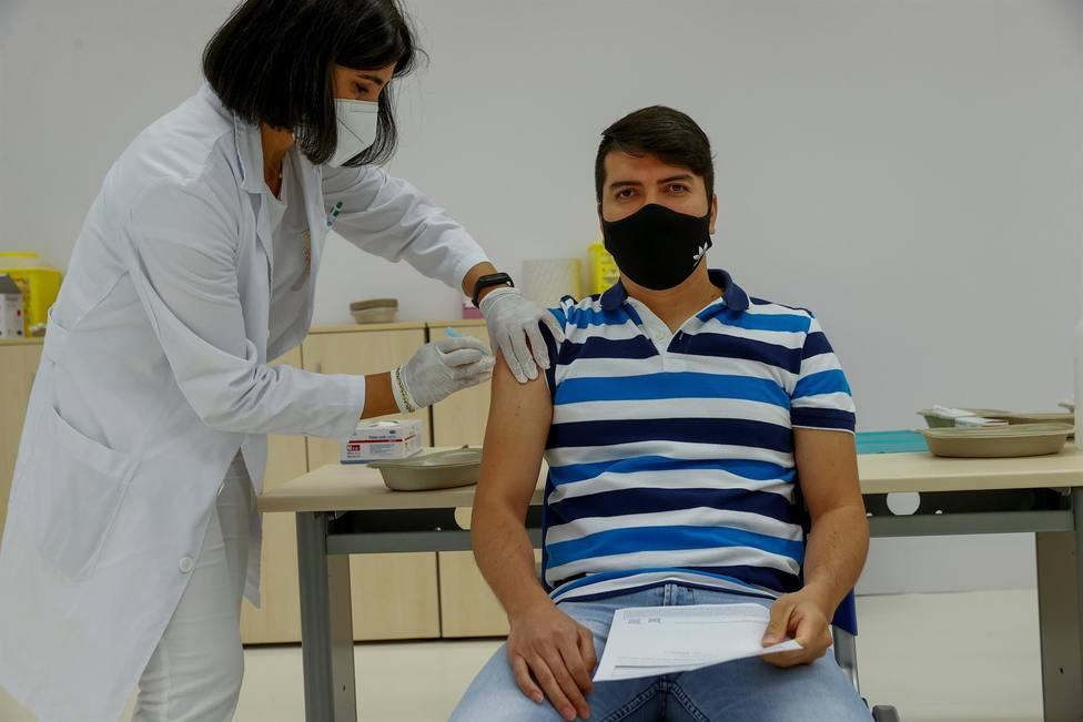 Madrid empezará a vacunar a los mayores de 16 años a partir de la próxima semana