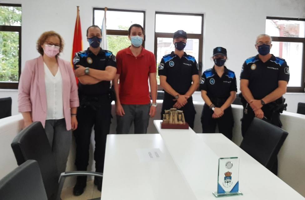 Reunión del alcalde de Foz con la Policía Local