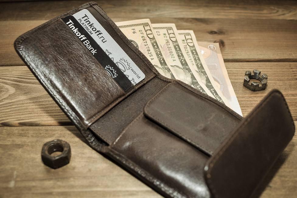 Dinero cartera billetes