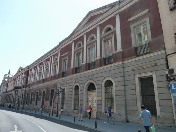 La Universidad Cardenal Cisneros niega haber dado un trato de favor a Casado